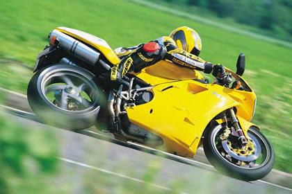 Ducati 748 motorcycle review - Riding