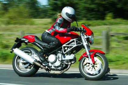 Ducati M620 motorcycle review - Riding