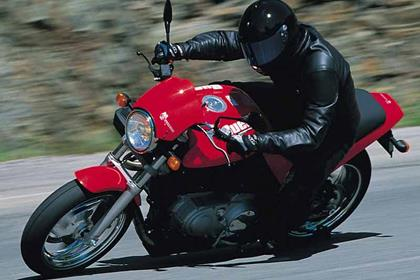 Buell M2 Cyclone motorcycle review - Riding