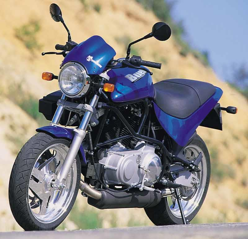 buell m2 cyclone 1997 2002 review mcn rh motorcyclenews com Buell M2 Black 99 Buell Cyclone Black