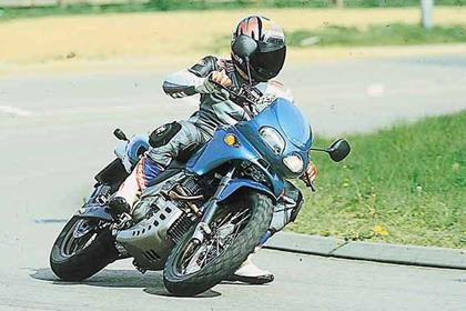 Cagiva Canyon 500 motorcycle review - Riding