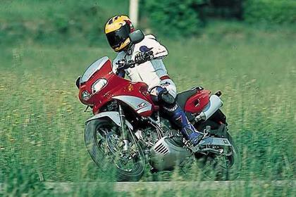 Cagiva Gran Canyon motorcycle review - Riding