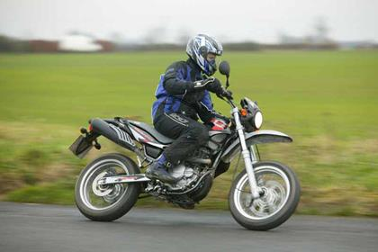 Beta Alp motorcycle review - Riding