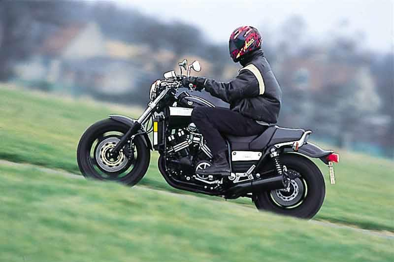 Phenomenal Yamaha V Max 1991 2004 Review Speed Specs Prices Mcn Ibusinesslaw Wood Chair Design Ideas Ibusinesslaworg