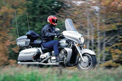 Yamaha XVZ1300A Royal Star motorcycle review - Riding