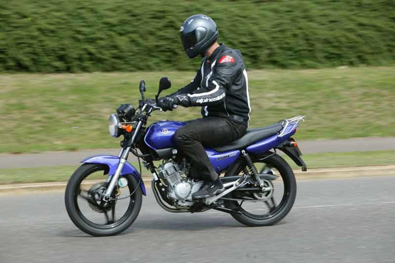 Complete Exhaust Yamaha YBR 125 ED   2006 125 CC