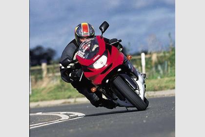 Yamaha YZF600R Thundercat motorcycle review - Riding