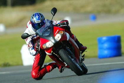 Yamaha TZR50 motorcycle review - Riding