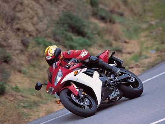 YAMAHA R1  (1998-2003)