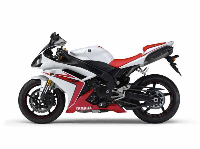 YAMAHA R1 (2007-2008) Review | MCN