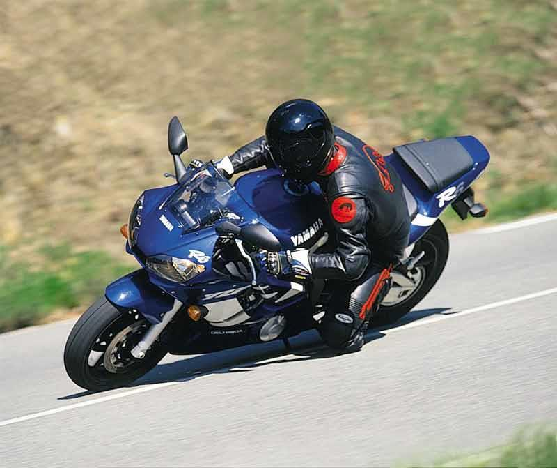 YAMAHA R6 (1998-2003) Review   Speed, Specs & Prices   MCN