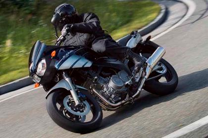 Yamaha TDM900 motorcycle review - Riding