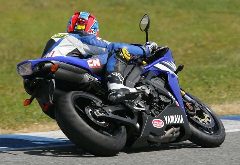 Yamaha YZF R1 Motorcycle Review