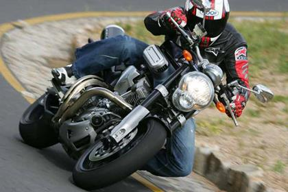 Yamaha MT-01 motorcycle review - Riding