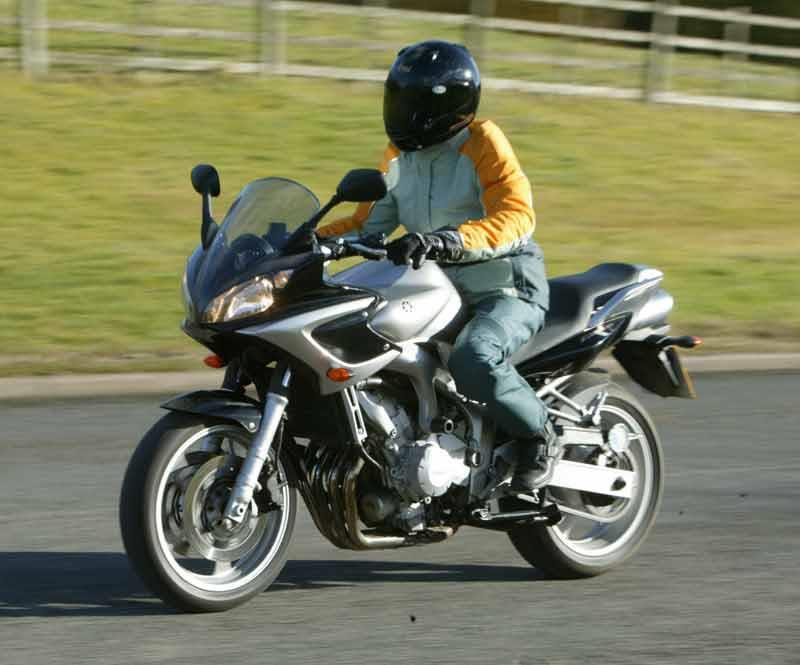 Yamaha Fz6 Fazer 2004 2009 Review Specs Prices Mcn