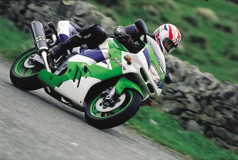 Kawasaki Zx 9r 1994 2002 Review Speed Specs Prices Mcn
