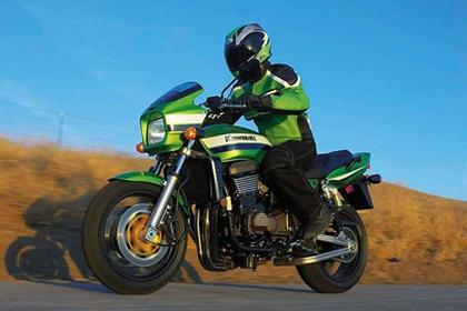 Kawasaki ZRX1200 motorcycle review - Riding
