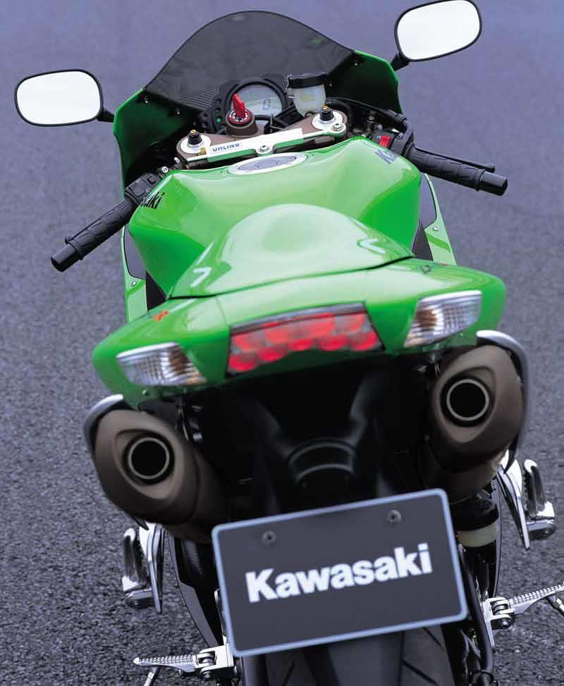Kawasaki Zx 10r 2006 2007 Review Specs Prices Mcn