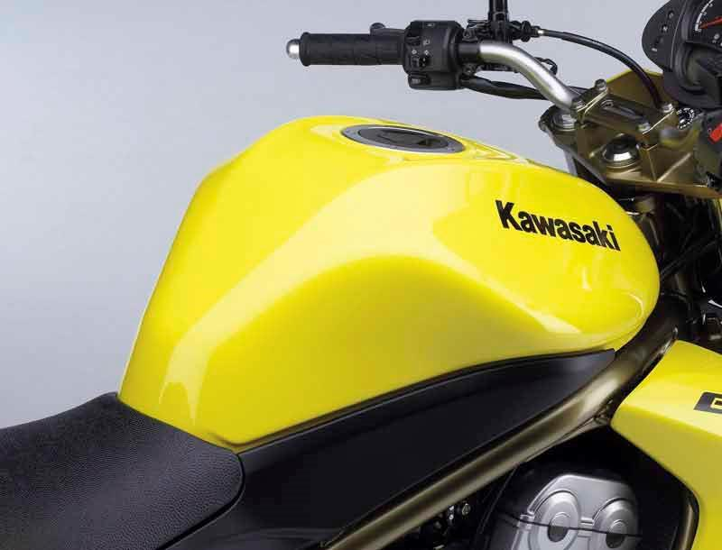 Kawasaki Er 6n 2005 2008 Review Speed Specs Prices Mcn