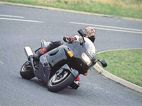 KAWASAKI ZZR1100  (1990-1997)