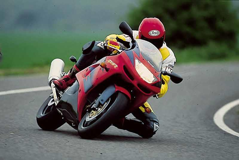 Kawasaki Zx 6r 1998 1999 Review Speed Specs Prices Mcn