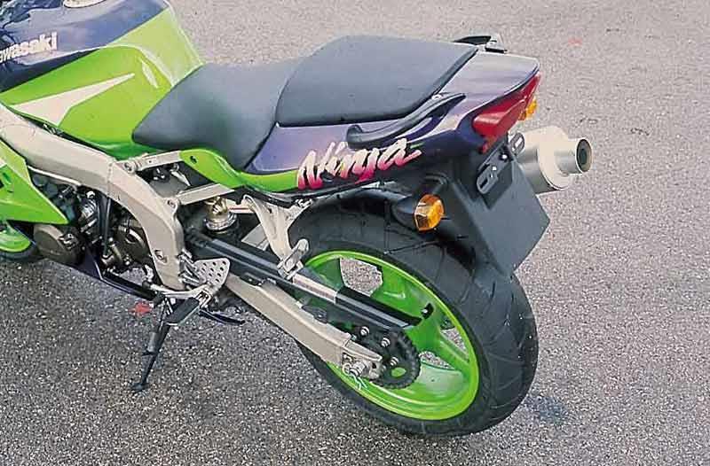 kawasaki zx-6r (1998-1999) review | mcn