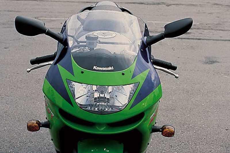 Kawasaki ZX 6R Motorcycle Review