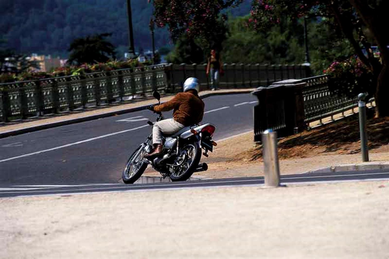 Riding the Honda CG 125