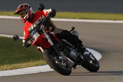 Honda FMX650 motorcycle review - Riding