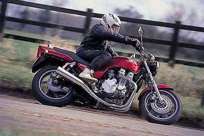 Honda CB750 F2 motorcycle review - Riding