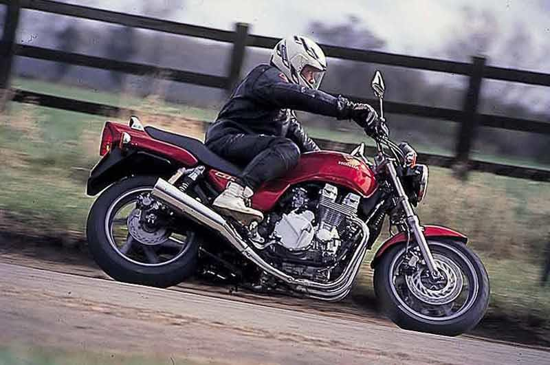 HONDA CB750 (1992-2001) Review | Speed, Specs & Prices | MCN