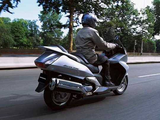 HONDA SILVER WING 600  (2001-on)
