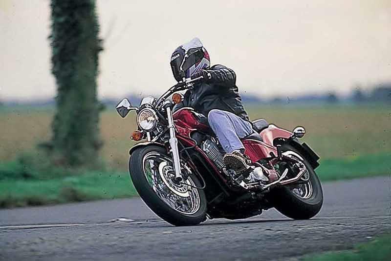 honda vt shadow review mcn honda vt600 shadow motorcycle review riding