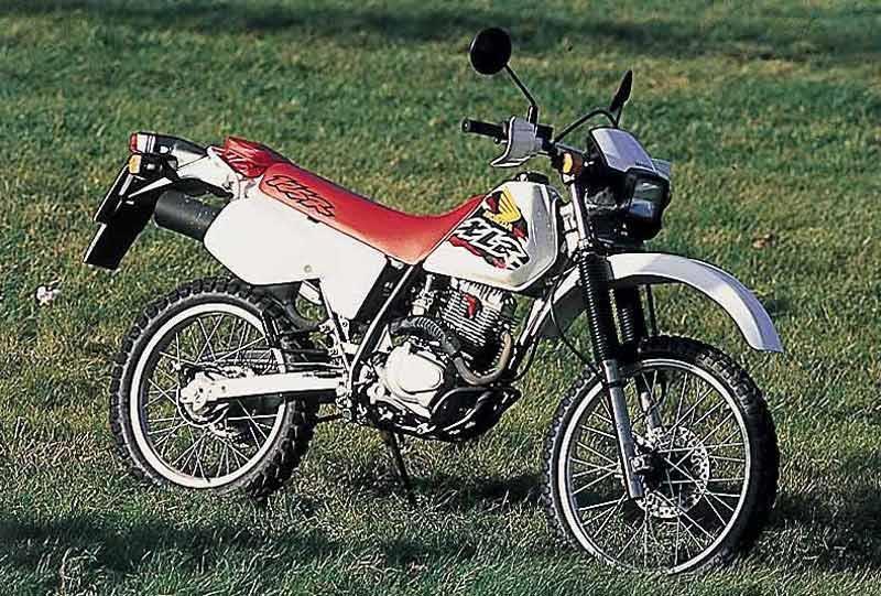 honda xlr125 1997 2002 review mcn rh motorcyclenews com honda xr 125 manual honda xl 125 shop manual