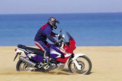 Honda XRV750 Africa Twin motorcycle review - Riding
