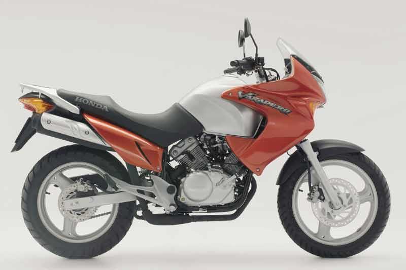 honda xl125v varadero 2001 2009 motorcycle review mcn. Black Bedroom Furniture Sets. Home Design Ideas
