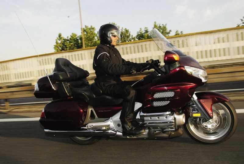 Honda Gl1800 Gold Wing Motorcycle Review Riding: Honda Gl1800 Engine Diagram At Shintaries.co