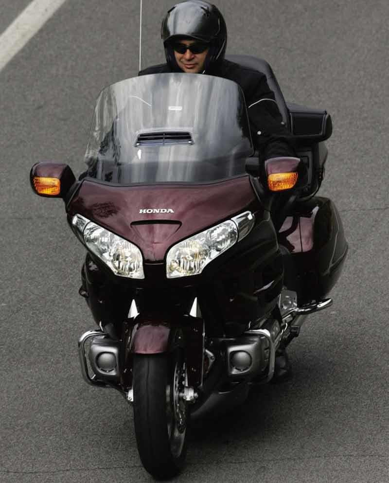 Honda Gl1800 Goldwing 2001 On Review Mcn 2003 Gold Wing Motorcycle Riding