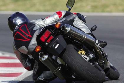 Honda SP1/2 motorcycle review - Riding