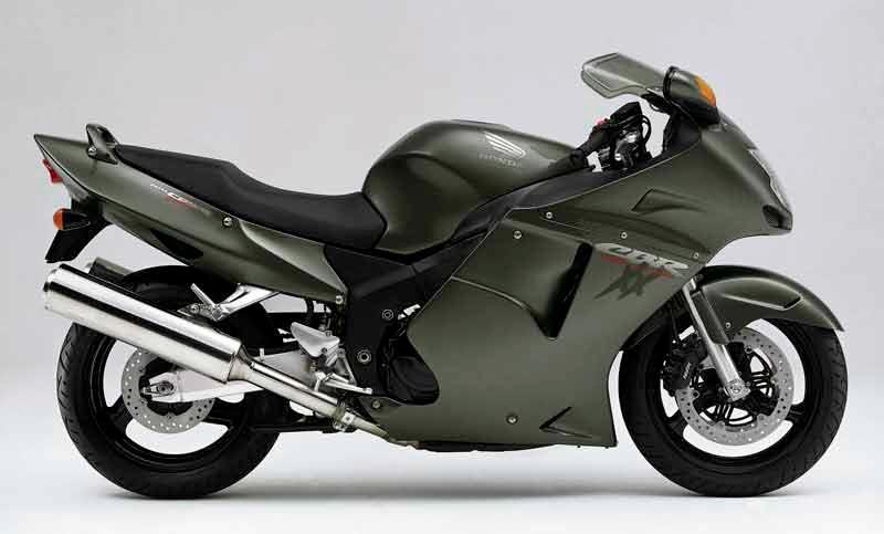 honda cbr1100xx super blackbird motorcycle review - side view