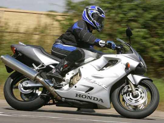 HONDA CBR600F  (2000-2007)