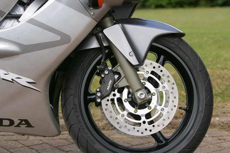 HONDA CBR600F (2000-2007) Review | Speed, Specs & Prices | MCN