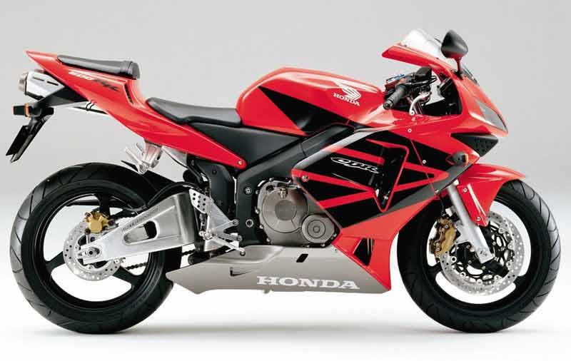 Attrayant Honda CBR600RR Motorcycle Review   Riding Honda CBR600RR Motorcycle Review    Side View ...