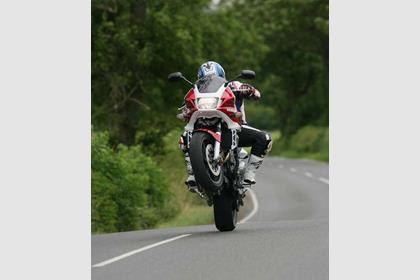 Honda CB1300S motorcycle review - Riding