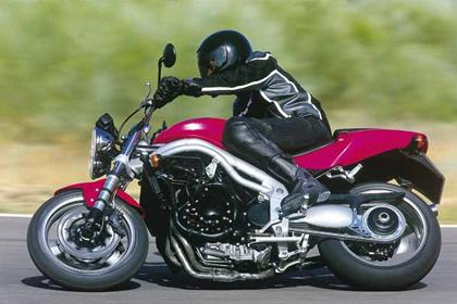 Triumph Speed Triple motorcycle review - Riding