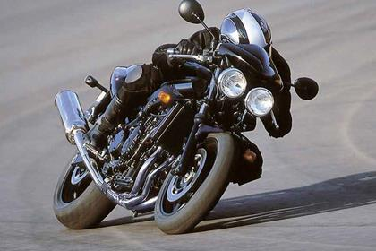 Triumph Speed Four motorcycle review - Riding