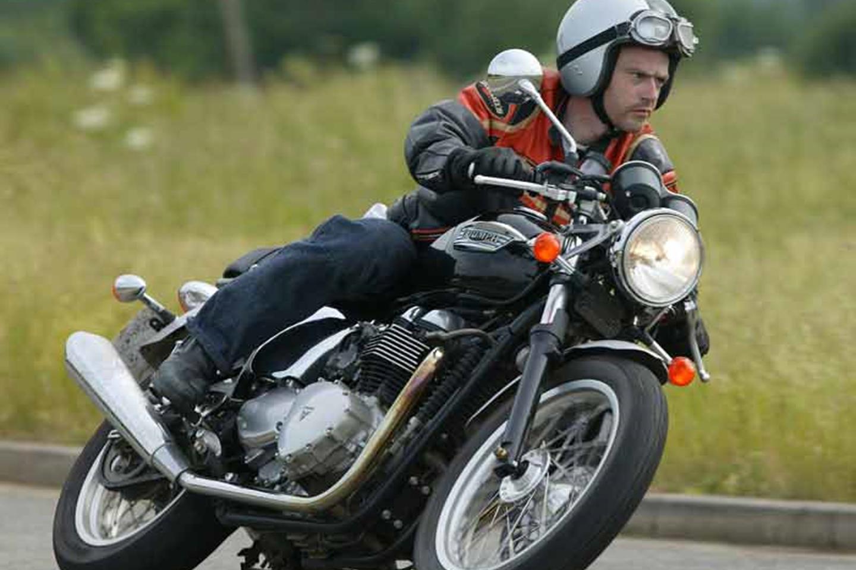 Triumph Bonneville Front Stainless Brake Disc Bolt Kit x 12 Bolts