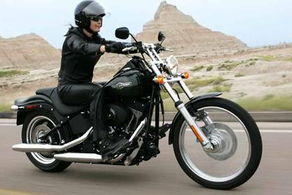 Harley-Davidson FXSTB Night Train motorcycle review - Riding