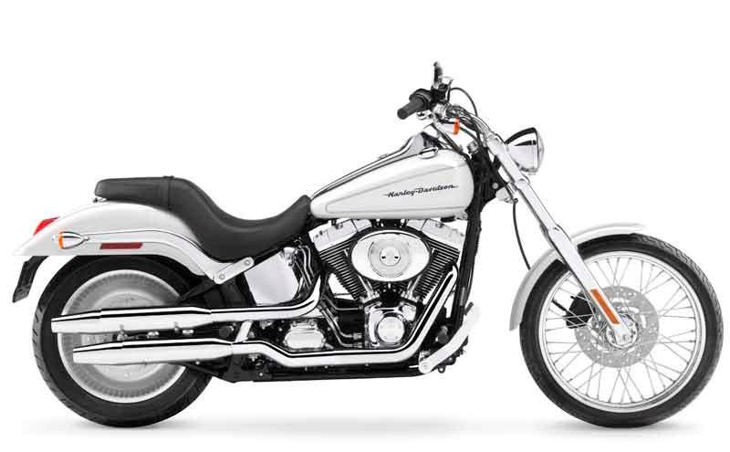 HARLEY-DAVIDSON DEUCE (1999-2005) Motorcycle Review | MCN on