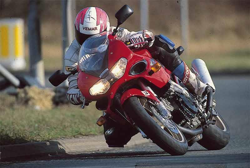 2018 suzuki tl1000. modren 2018 suzuki tl1000s motorcycle review  riding for 2018 suzuki tl1000 m